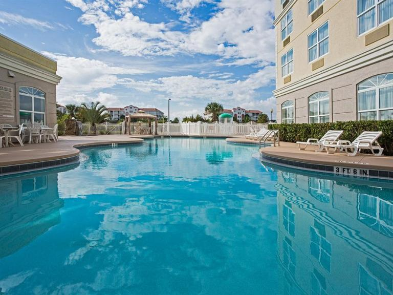 The pool at the Country Inn & Suites in Cape Canaveral, FL