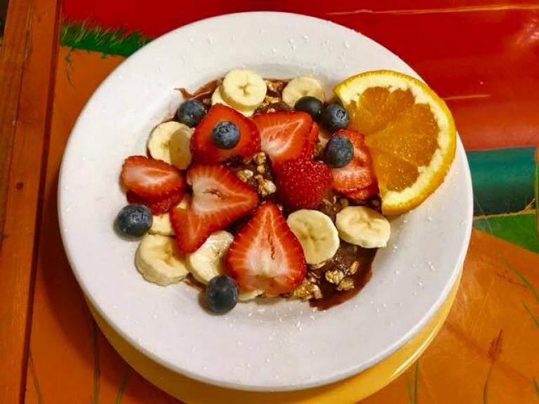 Fresh fruit and granola for breakfast at the Sunnyside Cafe in Melbourne, FL
