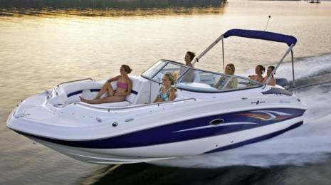 321 Boat Rentals Group Boating in the Water
